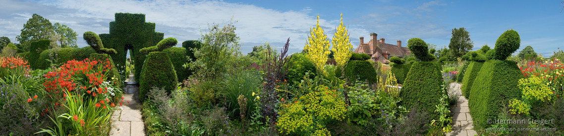 Great Dixter House and Gardens 1