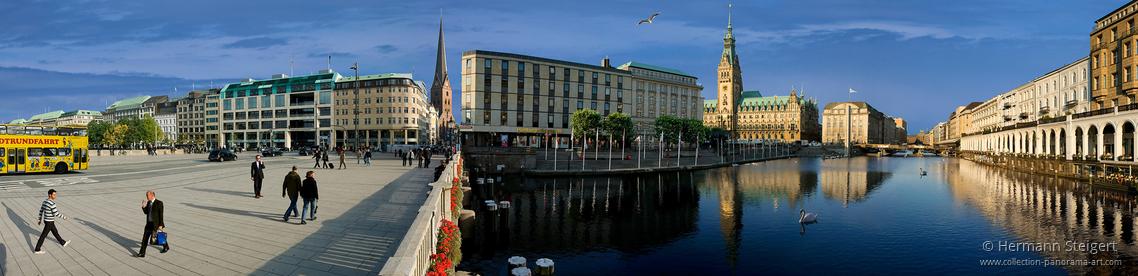 Jungfernstieg, Blick auf St. Petri, das Rathaus und die Alsterarkaden